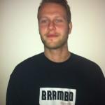 Rik Mulder leeftijd: 23 jaar hobby's: skateboarden, mode en muziek woonplaats: Amsterdam specialiteiten: Amerikaanse koelkasten en flatscreen tv's eten: döners van Dappermarkt lengte: 2m. gewicht: 90kg